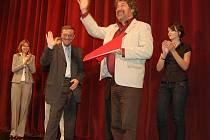 Zdeněk Troška se nesmazatelně zapsal do pomyslné síně slávy ostrovského dětského festivalu. S prvním filmem bodoval už před čtvrt stoletím. Letos uspěla jeho Nejkrásnější hádanka.