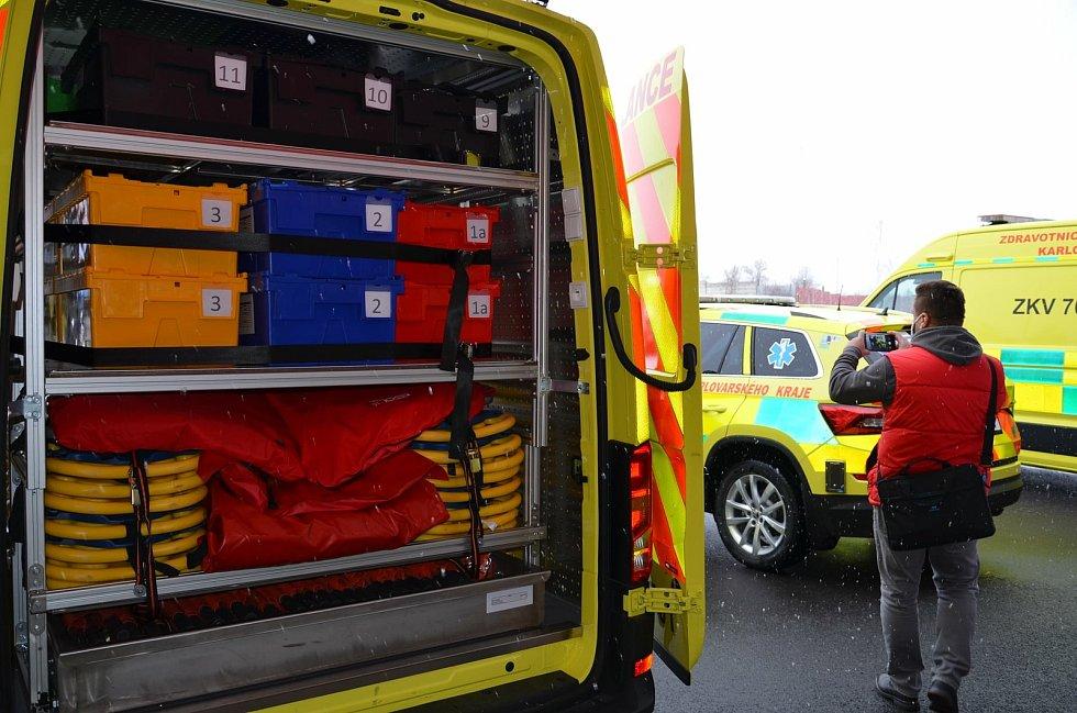Logistický vůz vozí záchranářům materiál a zařízení k velkým nehodám.