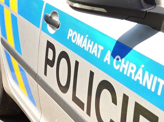 Policie má kvůli volbám práci v Nejdku