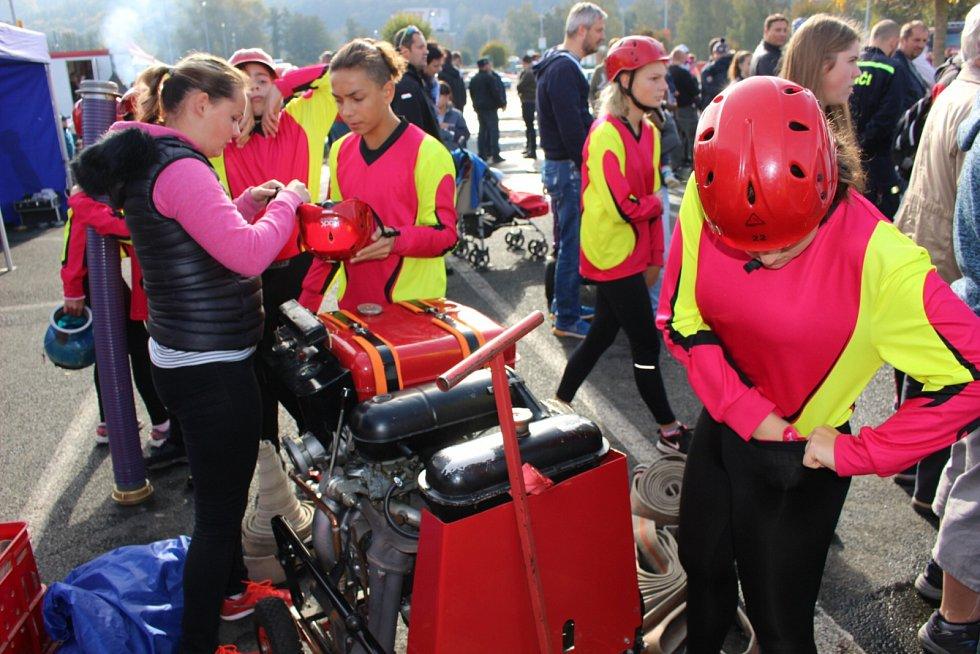 Královskou disciplínou požárního sportu je právě požární útok.