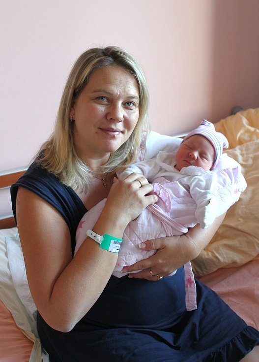 Anna Švábová z Kaznějova se narodila ve FN na Lochotíně 1. září v 8:00 hodin (3070 g, 49 cm). Rodiče Jitka a Jiří věděli, že jejich první společné miminko bude holčička. Doma na sestřičku čekali Honzík (13) a Eliška (6).