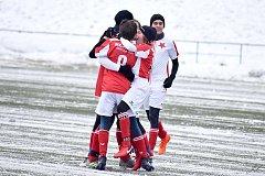 Hodně cennou výhru si připsali na konto hráči karlovarské Slavie U15, když vyhráli nad ligovým Kladnem 1:0.