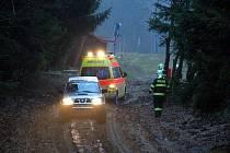 """Titulem """"Gentleman silnic"""" se bude zanedlouho pyšnit Martin Brož z Aše. V anketě, kterou vyhlašují Česká pojišťovna s Policií České republiky získávají toto ocenění lidé, kteří se významně zasloužili o záchranu lidského života po dopravních nehodách."""