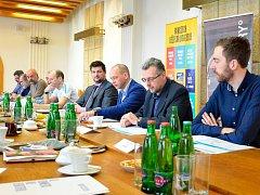 Tisková konference k 6. ročníku Mattoni 1/2Maratonu Karlovy Vary.
