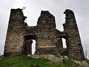 Zřícenina hradu Andělská hora.