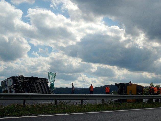Dopravní nehoda, ke které došlo v pondělí 29. srpna odpoledne v Karlových Varech