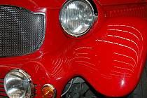 Jediný v Republice! Na výstavě bude k vidění i vůz, který jako jediný brázdí české silnice. Pokud vám nestačí detail a chcete vidět, jak vypadá celý, najděte si čas na návštěvu výstavy JEDETO.