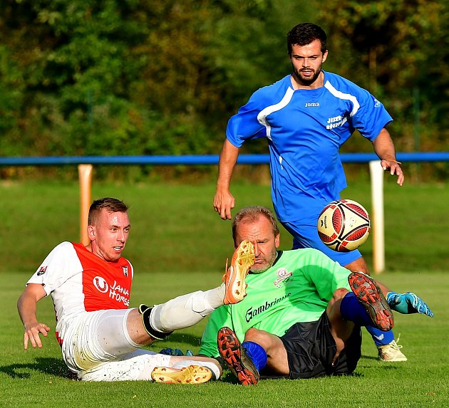 Březovská Jiskra během týdne vyhrála dvě utkání, když ve finále Okresního poháru porazila celek Kolové, posléze vokresním přeboru slavila výhru nad žlutickým béčkem.