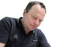 Novým trenérem HC Energie byl jmenován Martin Pešout.