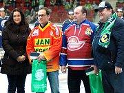 Hokejisté karlovarské Energie (v bílém) hostili Stadion Litoměřice.