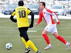 Druhou jarní výhru si připsali na konto fotbalisté varské Slavie, kteří pokořili Přeštice vysoko 6:0.