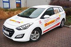 K propagaci Senior Pasů, které se staly v regionu málem hitem, bude sloužit i speciálně upravený automobil s nepřehlédnutelnými polepy.