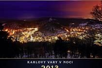 Karlovy Vary v noci.