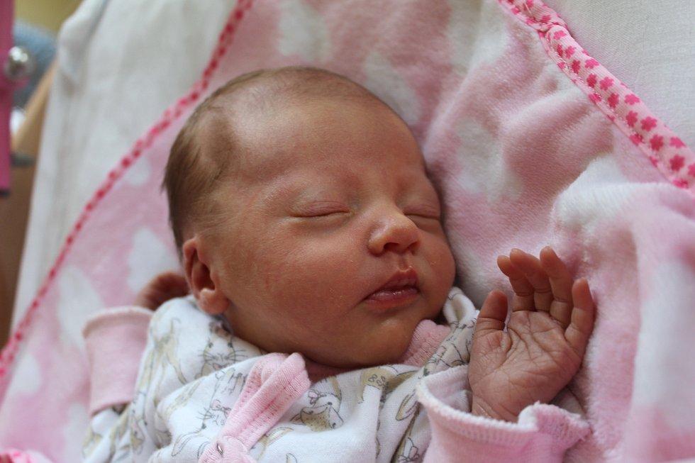 NATÁLKA KRÁTKÁ z Chodova se narodila 21. 9. 2016