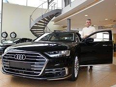 Vedoucím prodeje vozů Audi se stal od loňského podzimu v karlovarském Car Pointu Jiří Horčic. Zkušenosti má nejen jako obchodník, ale za volant usedal také jako automobilový závodník.