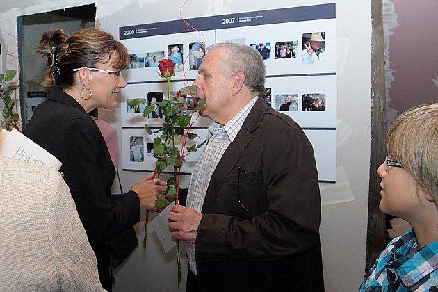 Slavnostní vernisáží začala v Payerově domě v Lokti fotografická výstava věnovaná Mezinárodnímu filmovému festivalu