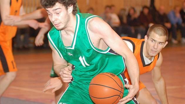 Basketbalisté Sokolova v derby s Thermií neuspěli, přezimují na jedenácté příčce.