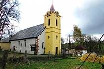 Záchranné práce na kostele sv. Máří Magdalény pokračují již přes deset let. Vedení Sadova dává na jeho obnovu 150 tisíc korun ročně.
