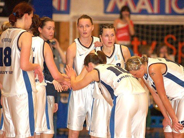 Basketbalistky Lokomotivy si připsaly po utkání s pražskou Spartou první výhru v novém ročníku ŽBL.