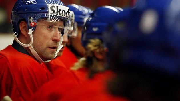 Hokejista Jaroslav Bednář při tréninku české hokejové reprezentace 1. září před Českými hrami, které proběhnou v rámci Euro hockey tour.