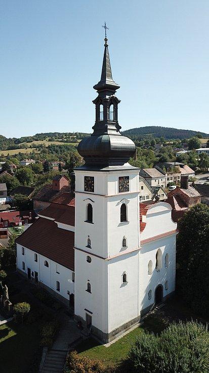 Kostel sv. Václava ve Voticích.