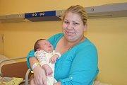 Malá Terezka Kroužková se narodila 18. září v15.00. Při narození v benešovské porodnici vážila 3780 gramů a měřila 51 centimetrů. Její rodiče, Kristýna Mrázková a David Kroužek, pochází ze Sedlčan.