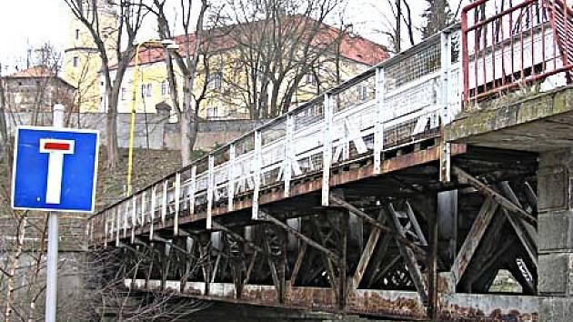 Železný most ve Vlašimi.