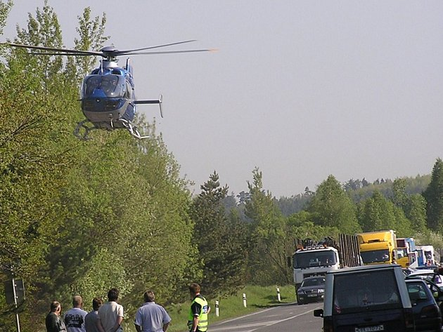 Přivolaný vrtulník Letecké záchranné služby z Bystřice odletěl prázdný.