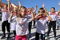 Tancující sušenky uspořádaly taneční odpoledne pro veřejnost.