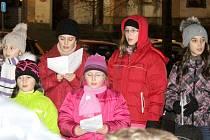 Česko zpívalo koledy také díky sboru v Benešově.