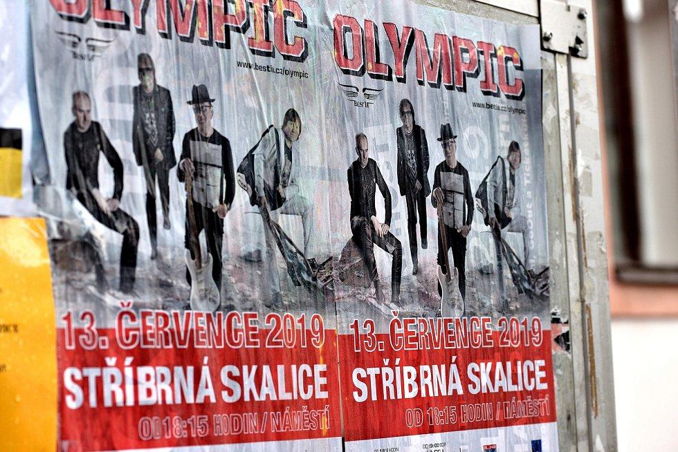 Olympic se představil zejména výběrem písniček z posledních alb Souhvězdí šílenců, Souhvězdí drsňáků, Souhvězdí romantiku a posledního alba Trilobit. Samozřejmě že nechyběly ani největší hity skupiny.