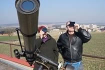 Pozorování zatmění Slunce v pátek 20. března na vlašimské hvězdárně.