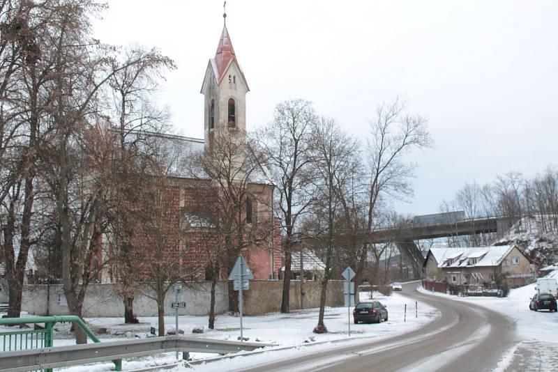 V obci Poříčí nad Sázavou.