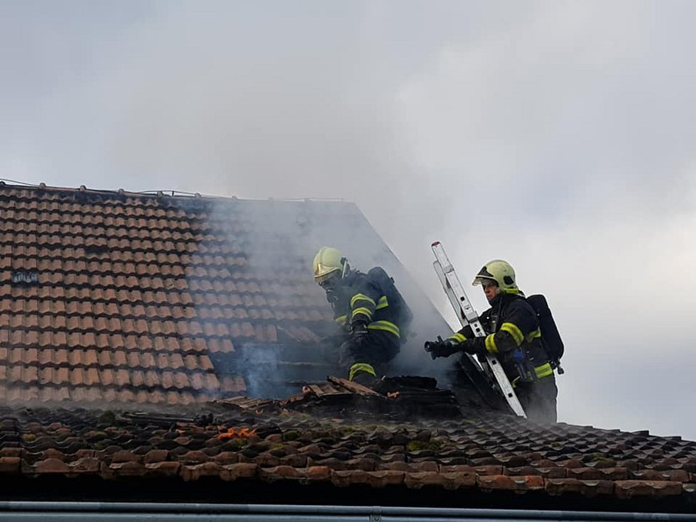 Požár stodoly na Říčansku.