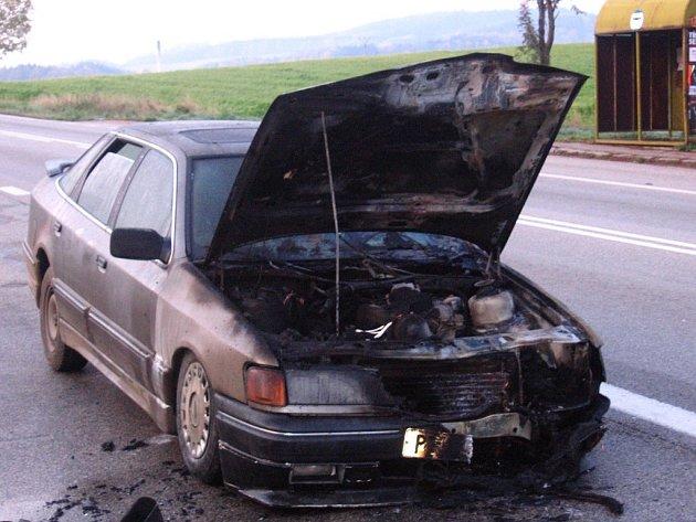 Ford za jízdy hořel