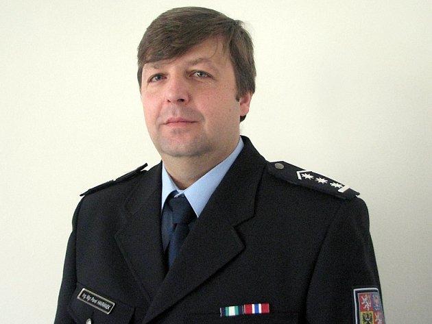 Plukovník Pavel Havránek  velí všem uniformovaným policistům a kriminalistům na Benešovsku.