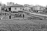 Brigádnickou činností místních občanů vznikaly v Postupicích obecně prospěšné stavby. Takhle třeba v roce 1986 dětské hřiště.