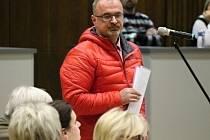 Petr Kotouč před benešovskými zastupiteli.