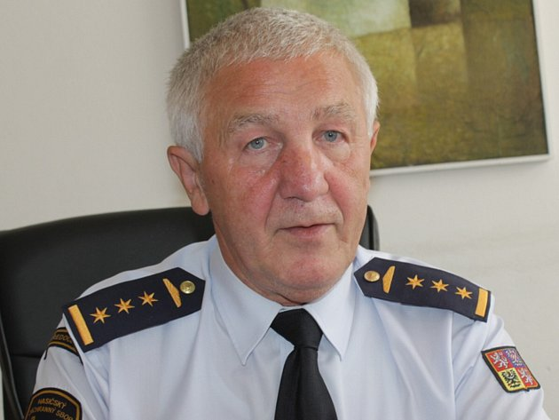 Josef Setnička vedl HZS Benešov od roku 2002.