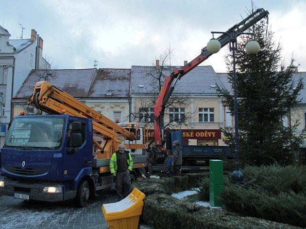 Vánoční strom pro Benešov.