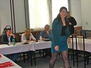 Kristýna Hrodková se na jaře 2013 zúčastnila castingu na hasičskou Miss Středočeského kraje.