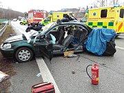 Při nehodě na křižovatce ve Voticích došlo ke zranění tří lidí.