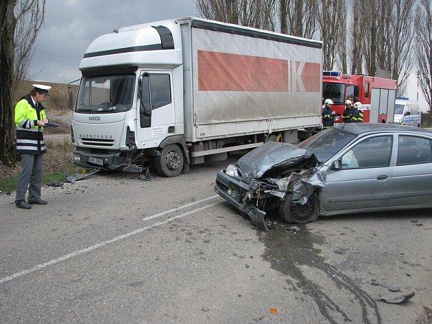 Dopravní nehoda u Chotýšan.