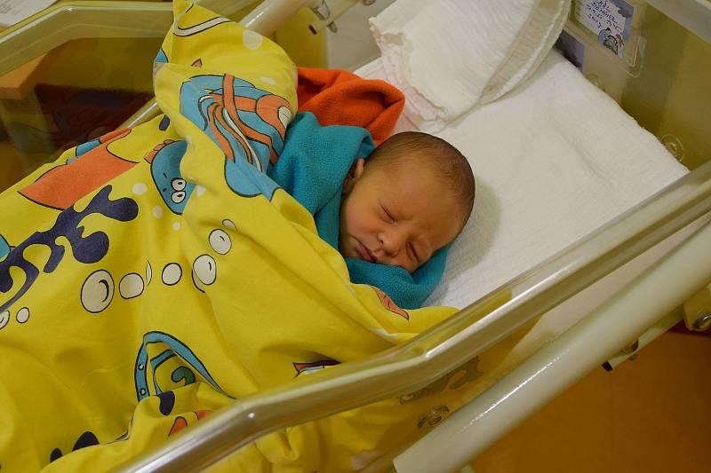 Michal Štěpánek se Ireně Littové a Michalu Štěpánkovi narodil v benešovské nemocnici 17. září 2021 ve 14.45 hodin, vážil 3100 gramů. Bydlištěm rodiny je Struhařov u Mnichovic.