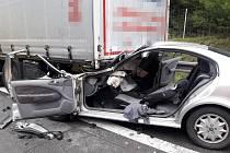 Dopravní nehoda osobního a nákladního automobilu na 46. kilometru dálnice D1.