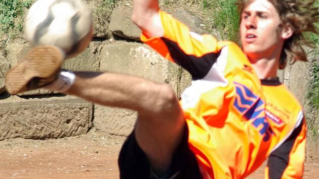 Nejmladší hráč benešovského týmu Ladislav Štěpař zapadl do sestavy jako zkušený mazák