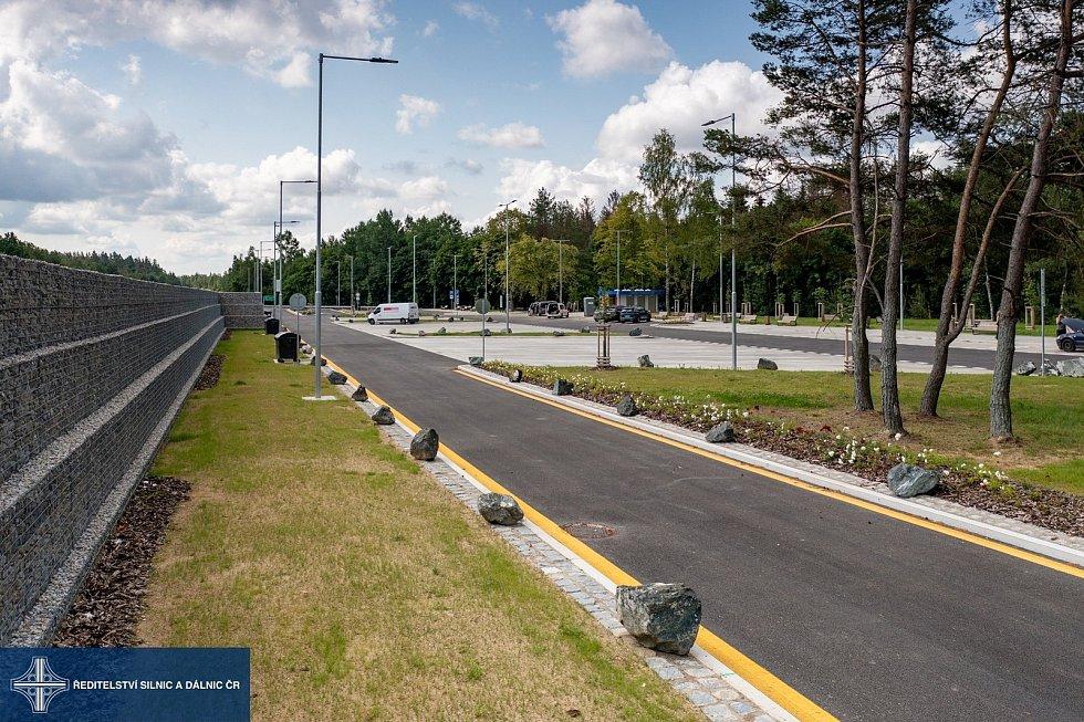 Zmodernizovaná odpočívka na 70,1 kilometru dálnice D1 ve směru na Brno.