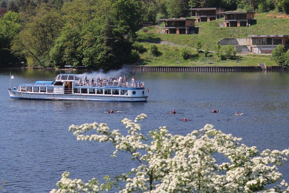Velké cvičení složek IZS složek Středočeského kraje se konalo ve čtvrtek 18. května v Měříně na Slapské přehradě.