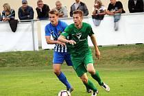 Pavel Vyhnal (v zeleném) dal v Prostějově první gól Vlašimi.