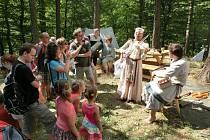 Na hradě ve Zlenicích si návštěvníci o víkendu užijí bohatý program jako ze středověku